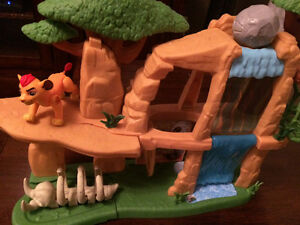 Lion Guard Play Set