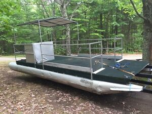 24 ft pontoon barge. Must sell!!! $2000
