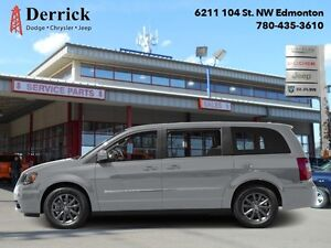 2016 Chrysler Town  Country S   - $223.86 B/W - Low Mileage