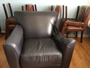 FREE!! - LEATHER LAZY BOY CHAIR and DINING CHAIRS x 6 - MUST GO!