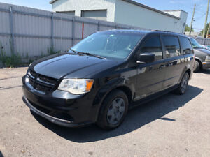 DODGE GRAND CARAVAN 2013 STOW N GO 8000$ DEAL