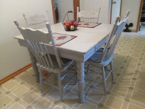 Vintage country table and 4 solid pressed back chairs