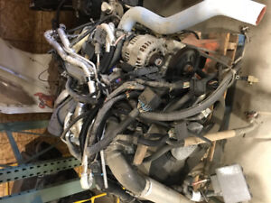 2500  diesel engine has 140 000 2006 Chevy out of box truck