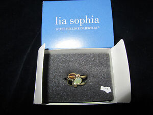 lai Sophia mother of pearl ring
