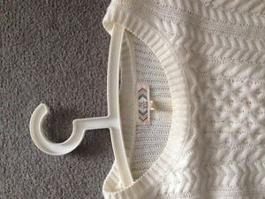 Long off white sweater Kitchener / Waterloo Kitchener Area image 4
