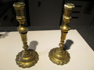 "Set of 2 vintage brass candlesticks 10"" high."