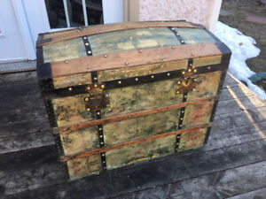 Antique French Trunk Malle coffre 1880's