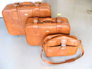 "Set of three ""Jet Stream"" Luggage....excellent condition."