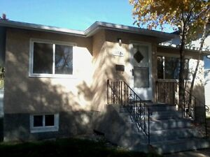 Clean and bright 2 bedroom house for rent in Allendale