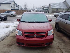 2009 Dodge Caravan Minivan, Van