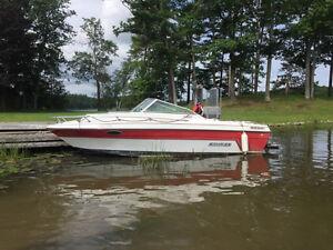 1992  Rinker Boat