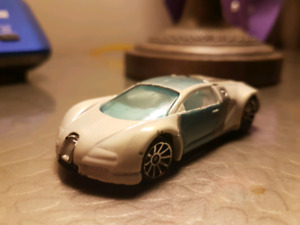Hot wheels Mystery Models Bugatti Veyron white