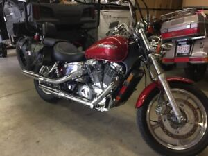 2001 Honda SHADOW 1100