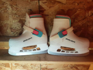 Girls Bauer Ice Skates