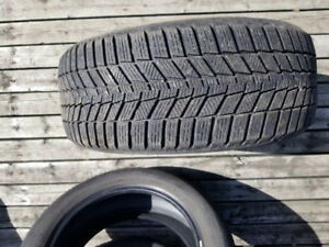 1 winter tire 205 50r17 93h continental comme neuf 120$ nego