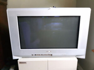 Sony KV-30HS420 30-Inch Widescreen CRT TV