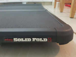 Extang solid fold 2.0Tonneau Cover 6'4