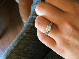 Beautiful 1 ct White Gold Diamond Ring Williams Lake Cariboo Area image 6