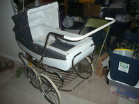 ENGLISH PRAM by LLOYDS