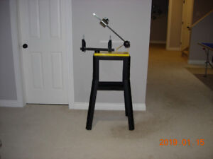 KLIPPERMATE RACQUET STRINGING MACHINE WITH ALL STEEL STAND