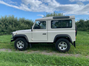 Land Rover Defender LHD 90 - Immaculate Condition