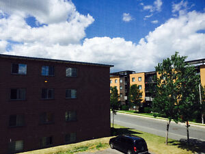 Grand 5 1/2 appartement a louer Longueuil rive sud