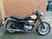 KAWASAKI W650 2002 (52) CLASSIC - ONLY 10202 MILES FROM NEW, used for sale  St Helens, Merseyside