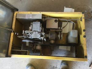 Commercial Samuel Strapping ( Bander )  Machine FOR SALE London Ontario image 3