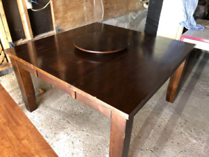 Pub Table with 8 Leather chairs