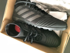 Adidas predator tango 18.3 Turf shoes , Size 11..*NEVER WORN*