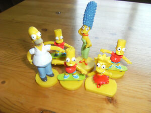 6 figurines SIMPSONS family-famille-Bonhommes-Figures