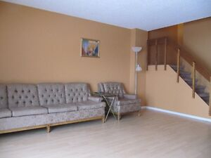 1 nice bedroom closed to U of R in the south of Regina