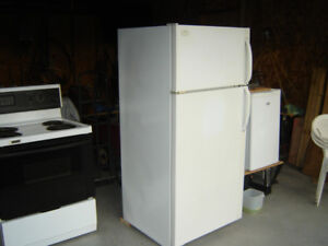 Refrigerator and Stove Lot