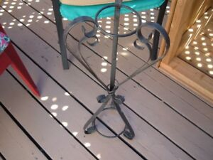 Wrought iron ashtray/plant stand
