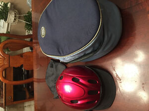 Like new horse riding youth size small helmet ,case