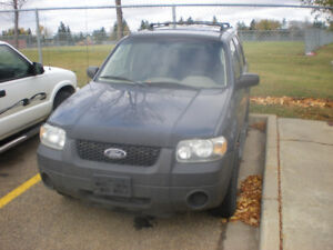 2005 Ford Escape FRONT BUMPER only.. $150 takes it!!...