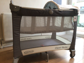 Graco Classic Electra Travel Cot Immaculate Conditiom