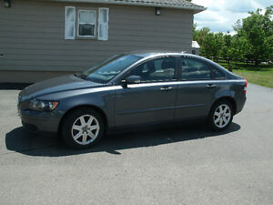 2006 Volvo S40 2.4L Sedan: Yes Only 113Kms, Auto,Drives Great!