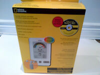 BRAND NEW NATIONAL GEOGRAPHIC WIRELESS WIND CHILL AND HUMIDEX TH