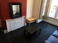 1 or 2 Spare Double Rooms available for rent. Student house £83 per week