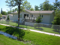 204 Hazel Ave, Winnipeg Beach, one block to the lake