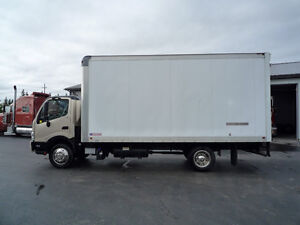 2013 Hino 195 Diesel with 18 foot box