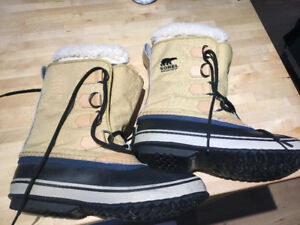 Sorel Winter Boots - Size 8