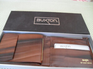 Man's new Buxton Leather Wallet