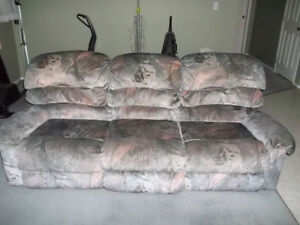Couch/Recliner