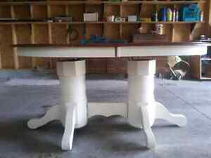 Solid oak dining table Peterborough Peterborough Area image 2