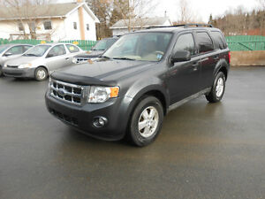 2009 FORD ESCAPE 5 DOOR LTD SUV, 1 YEAR WARRANTY INCLUDED