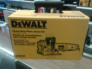 Brand new Dewalt dw682k ensemble de jointeuse à biscuits