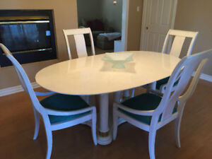 Thomasville  Solid Wood Dining Table, Chairs, Buffet and Hutch