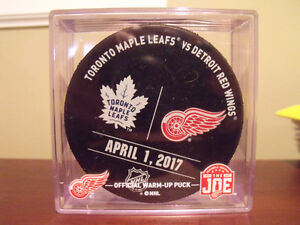 Official Warm Up Puck Toronto Maples Leafs Detroit Red Wings